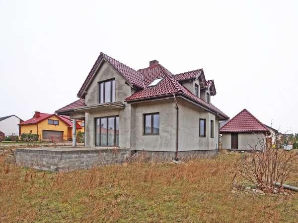Dom wolno stojący na sprzedaż, Banino