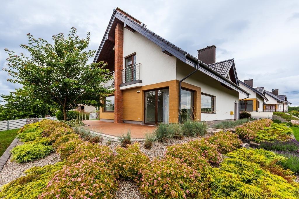 Dom na sprzedaż