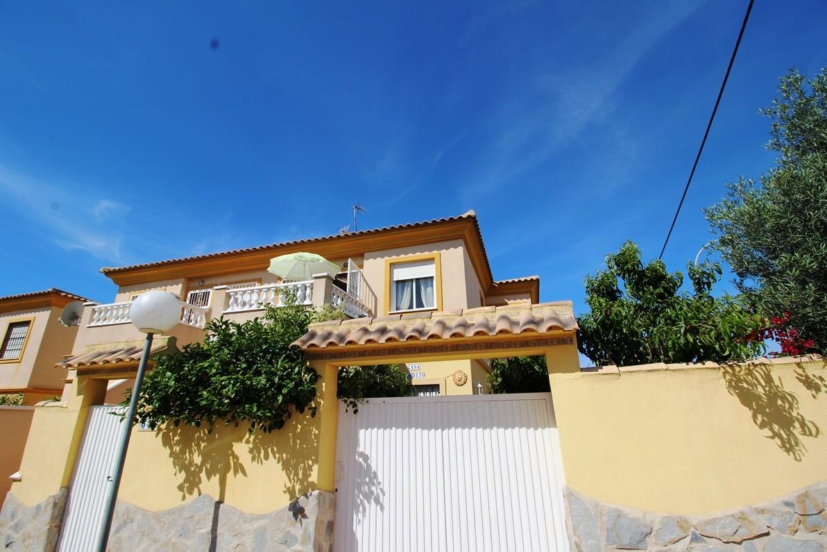 Bungalow w Orihuela Costa Playa Flamenca