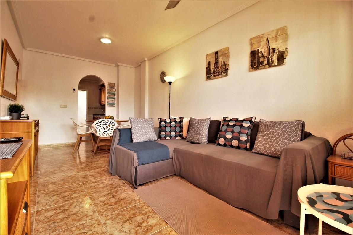 Apartament w Orihuela Costa Punta Prima z prywatnym solarium