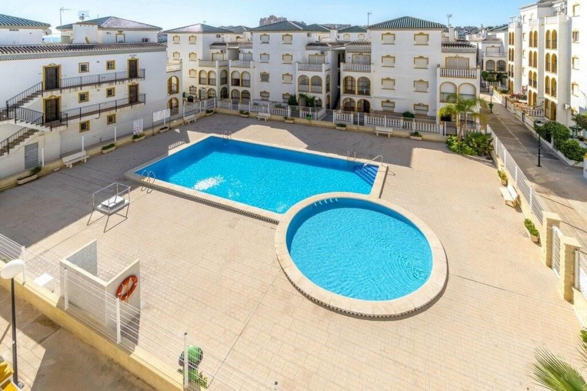 Rewelacyjny apartament z widokiem na morze w Torrevieja La mata