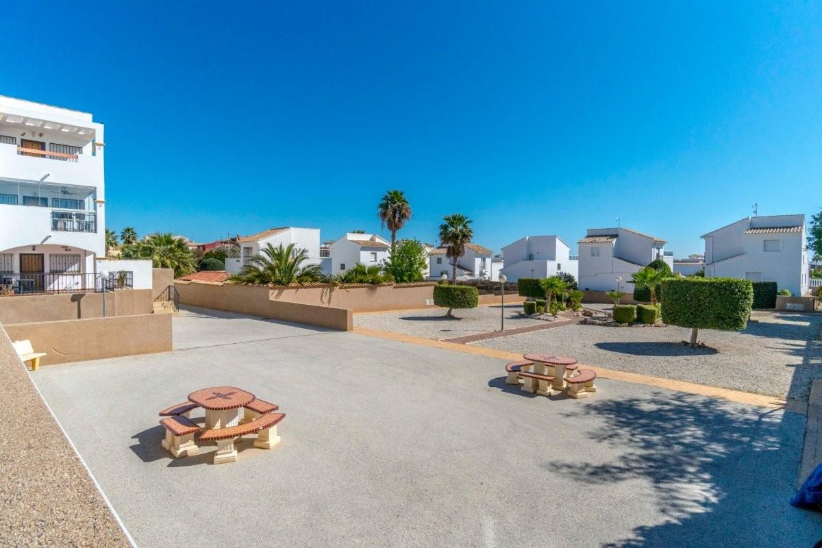 Penthouse w widokiem na morze w Punta Prima Torrevieja