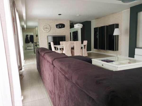 Dom wolnostojący na sprzedaż TY968960