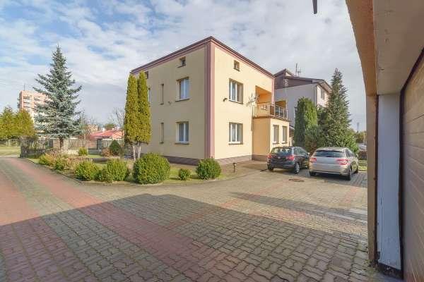 Dom wolnostojący na sprzedaż TY917242