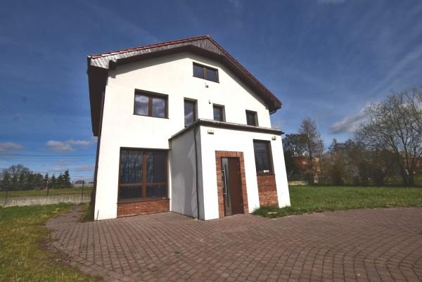 Dom wolnostojący na wynajem TY244332