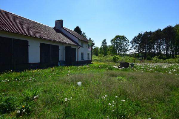 Dom wolnostojący na sprzedaż TY300601