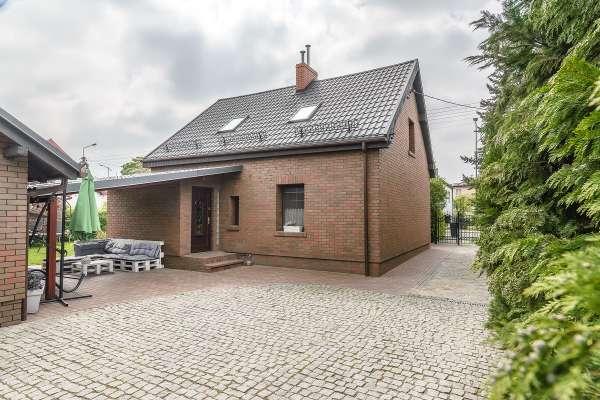 Dom wolnostojący na sprzedaż TY139289