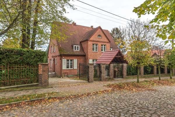 Dom wolnostojący na sprzedaż TY913804