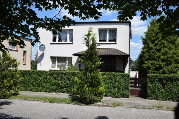 Dom wolnostojący na sprzedaż TY960178