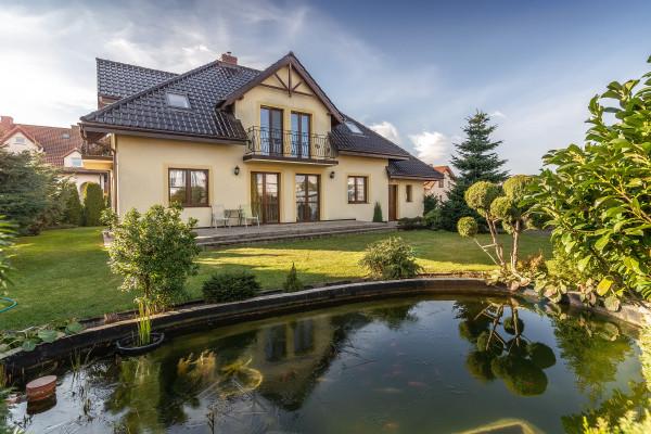 Dom wolnostojący na sprzedaż TY647530