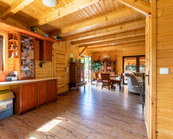 Dom wolnostojący na sprzedaż