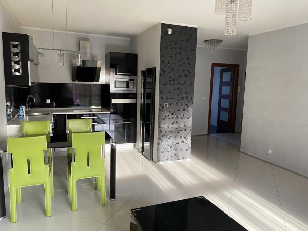 Mieszkanie na sprzedaż 22020