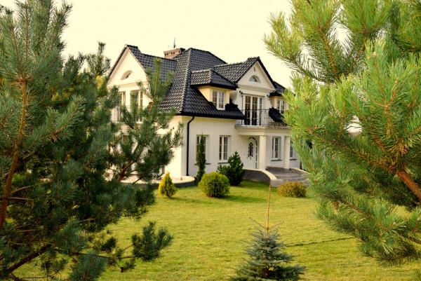 Dom wolno stojący na sprzedaż TY568151