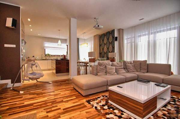 Dom bliźniak na sprzedaż TY826540
