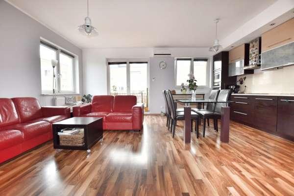 Mieszkanie na sprzedaż TY776563