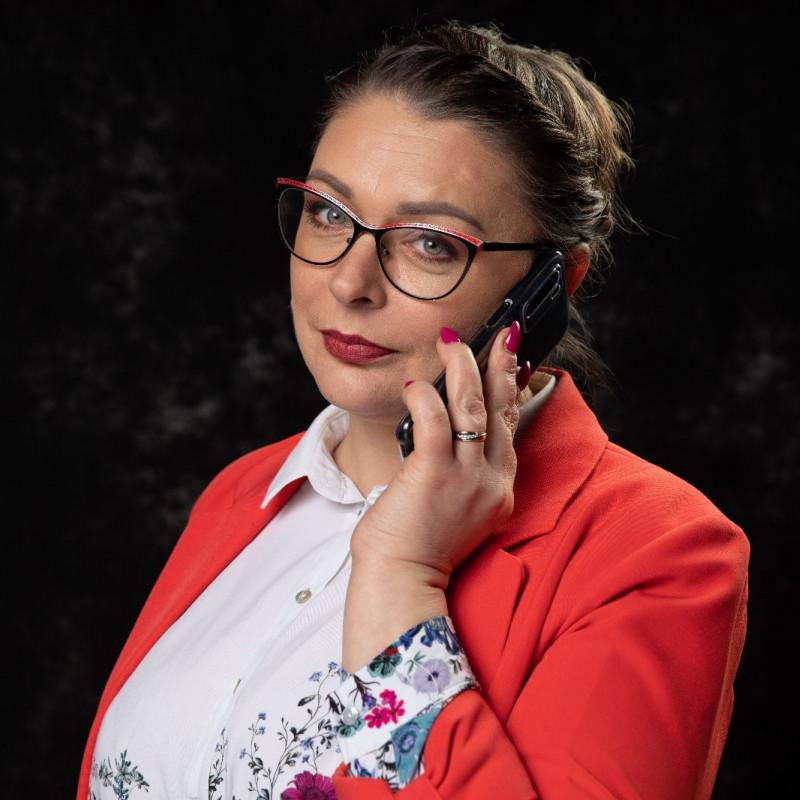 ANNA ZAKRZEWSKA
