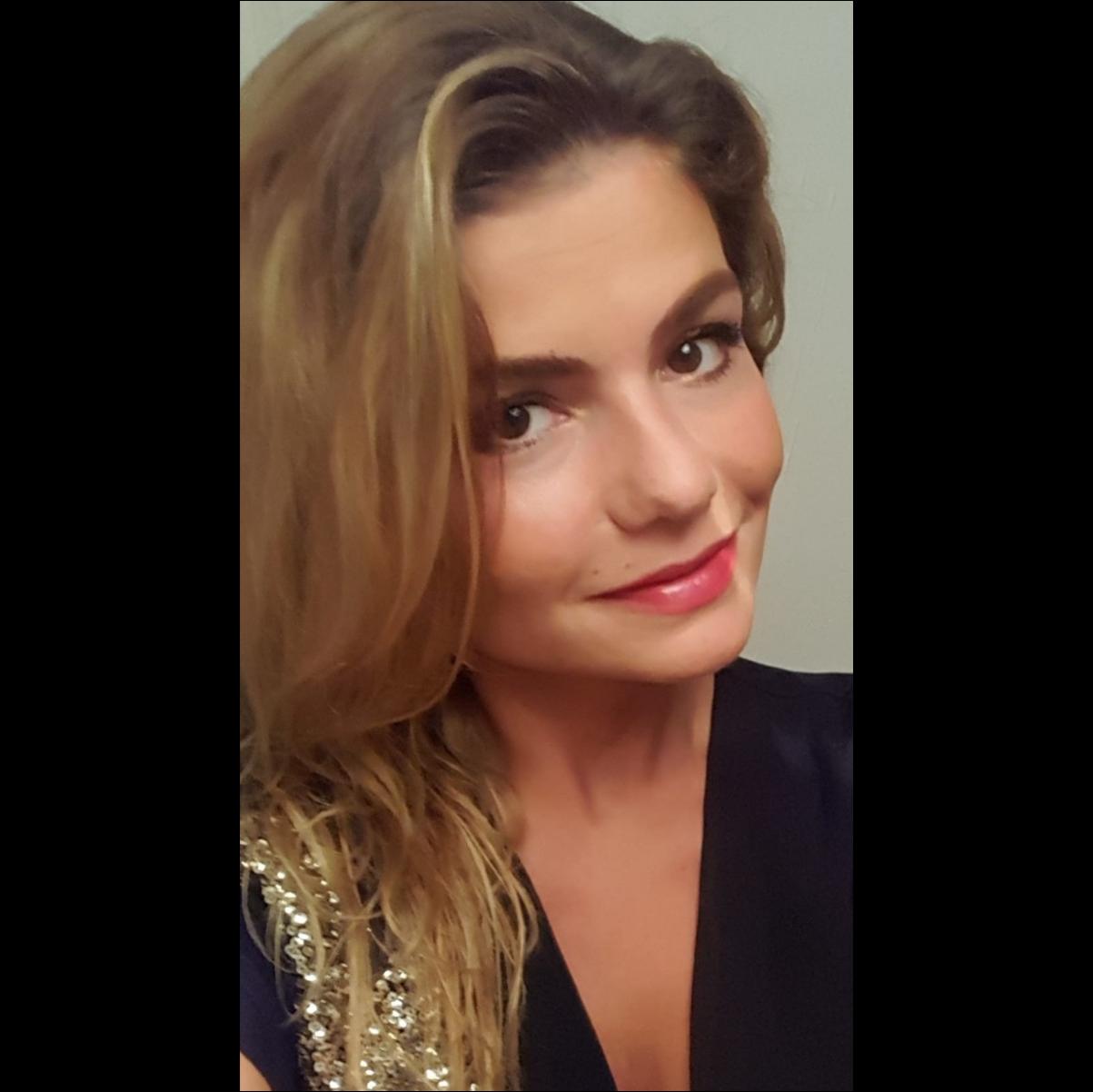 Karolina Buzar